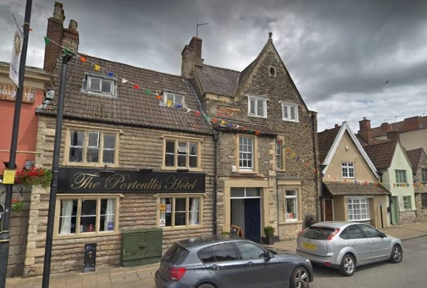 Change in licence for Chipping Sodbury pub where noise is no longer a 'problem'
