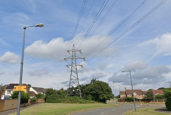 Eyesore power lines and pylons to be removed from Yate estate