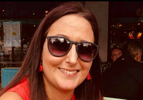 Family amazed by community support after death of mum-of-two who 'lit up the room'