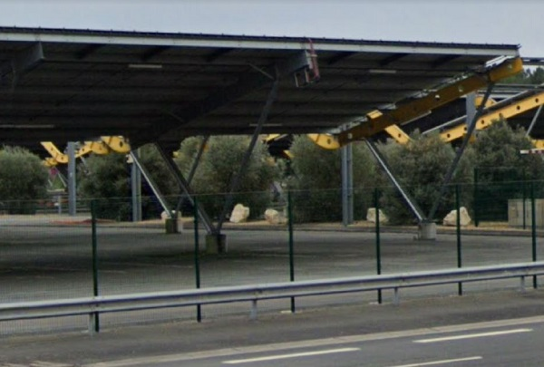 Solar panels could charge electric cars at park & ride