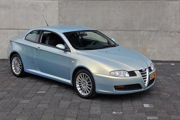 Alfa GT: Bertone beauty