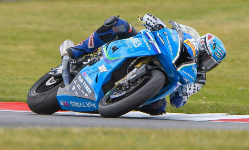 Yate racer shows his super bike potential