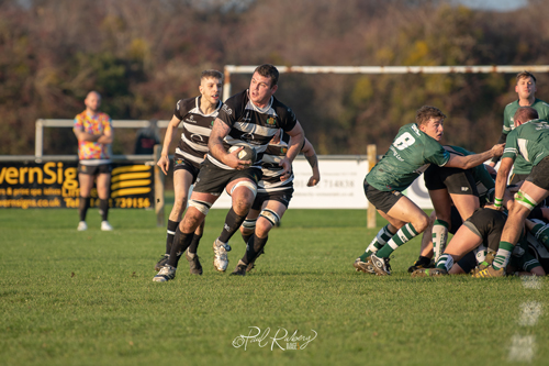 Quick start helps Sodbury to win